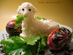 nice looking easter lamb for the easter table.  a polish tradition.