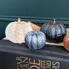Autumn Diys, Fall Diy, Epoxy, Pumpkin, Vegetables, Food, Pumpkins, Essen, Vegetable Recipes