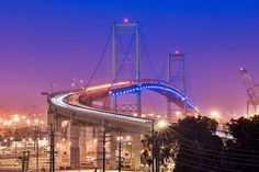 We crossed this bridge going from Long Beach to Los Angeles. San Pedro to Port of Long Beach, CA. The most beautiful bridge in Southern California. Route 66, Santa Monica, Long Beach California, Southern California, Gone In 60 Seconds, Harbor City, San Fernando Valley, Parcs, New Adventures