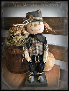 Primitive Scarecrow https://www.facebook.com/Starr-Mountain-Primitives-228548684018/timeline/