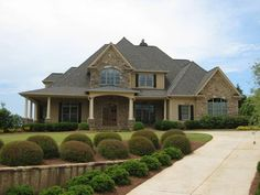 House plan 286 00006 this gorgeous traditional home has for Houseplans net