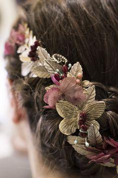 La boda de Irene y Vidal en Madrid Tocados De Madrina 81fb84ae1b4