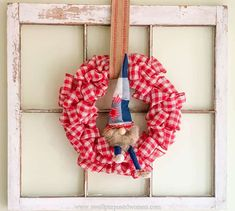 Learn how to make gnomes with arms and legs for the 4th of July. These patriotic gnomes with arms and legs are a fun addition to your Independence Day decor. But really this step by step tutorial will show you how to make gnomes with arms and legs for any season! Animal Knitting Patterns, Sewing Patterns, Gnome Tutorial, Easy Fall Wreaths, Sewing Projects For Beginners, Sewing Tutorials, Glitter Pumpkins, Do It Yourself Home, Valentine Decorations