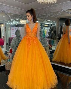 Fashion v neck tulle formal appliques prom dresses long evening gowns UH441