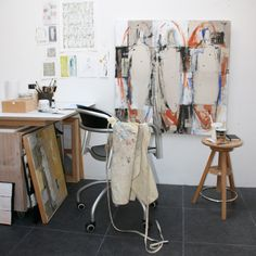 Saatchi Art | Inside the Studio: Barbara Houwers http://magazine.saatchiart.com/articles/artnews/saatchi-art-news/inside-the-studio-saatchi-art-news/barbara-houwers