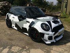 Mini Usa, Mini Mini, Mini Coper, Mini Lifestyle, John Cooper Works, Mini Countryman, Exotic Cars, Cool Cars, Dream Cars