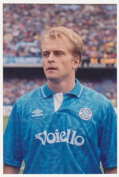 Jonas Thern. Napoli.