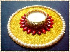 Arti Thali Decoration, Diwali Decoration Items, Thali Decoration Ideas, Diwali Decorations At Home, Home Wedding Decorations, Diwali Candle Holders, Diwali Candles, Candle Holder Decor, Diy Candles