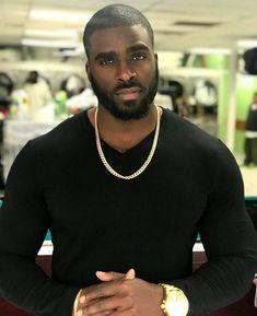 Dynamic Street Styles for Men Fine Black Men, Gorgeous Black Men, Hot Black Guys, Handsome Black Men, Black Boys, Fine Men, Beautiful Men, Dark Man, Black Men Beards