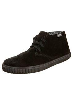 Zapatos con cordones - negro