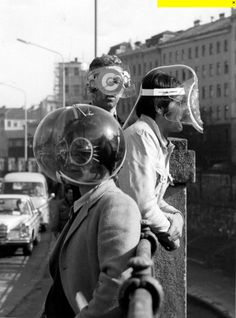 Haus-Rucker-Co: Art, Architecture & Strange Helmets – Voices of East Anglia Alexandre De Betak, Vr Room, Arte Sci Fi, Inner World, Look Vintage, Funny Vintage, Retro Futurism, Pics Art, Tool Design