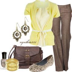 I would rock this with a cute pair of leopard Tory Burch flats....a pair of pearl earrings and cute brown handbag.