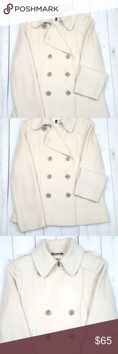 "J Crew Thinsulate Medium Pea Coat White 100% Wool Cozy, warm and fashionable.  Condition: Pre-owned  Size: Medium  Materials: 100% Wool  Chest: 20""  Sleeve: 25""  Length: 27""  MSRP: $298 J. Crew Jackets & Coats Pea Coats"