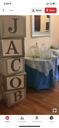 Simple baby shower ideas for boys. baby shower name blocks Deco Baby Shower, Shower Bebe, Simple Baby Shower, Baby Shower Parties, Baby Shower Themes, Baby Boy Shower, Shower Ideas, Male Shower, Dedication Ideas