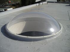runde Lichtkuppeln aus Acrylglas, Halbkugel, Halbschale | BÖRNER