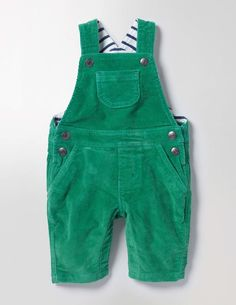 As practical as they are sweet, dungarees make the perfect easy-dressing outfit for wriggly little explorers. This pair features classic metal clasps and it's fully lined with supersoft jersey for added cosiness. Layer over a body or tee for a big day out at the park.