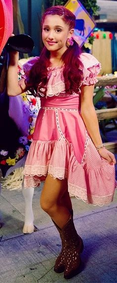 Ariana Grande looks so girly in gingham ♥ Ariana Grande Red Hair, Ariana Grande Fans, Ariana Grande Pictures, Sam E Cat, Bae, Ariana Grande Dangerous Woman, Girly Girl Outfits, Disney Channel Stars, Cat Valentine