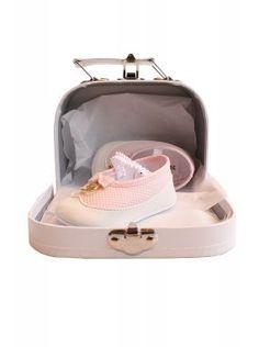 Baby Dior zapatos rosados prewalker en caja de regalo de la maleta