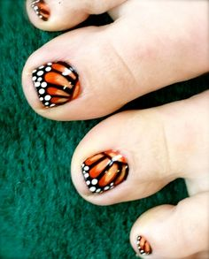 Monarch Butterfly Toe Nails : Monarch Butterfly Nail Design - seeing this everywhere, love the classic colors. Props for doing it on toes! Cute Toe Nails, Get Nails, Toe Nail Art, Love Nails, Pretty Nails, Hair And Nails, Butterfly Nail Designs, Toe Nail Designs, Nail Polish Designs