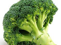 En herlig brokkolisuppe med ruccola, hvitløk og ristede mandler. Inneholder mye kalium, som bidrar til å opprettholde normalt blodtrykk.
