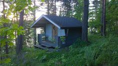 Expériences avec Frantsila Tiny House, Shed, Outdoor Structures, Cabin, House Styles, Outdoor Decor, Home Decor, Finnish Sauna, Finland