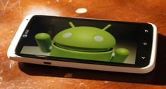 Five main reasons I always carry an Android phone