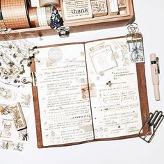 Another new week😆 Keep getting along well with my traveler's notebook!! Recently I was addicted to the collections of rubber stamps which was because I couldn't resist the temptation of the beautiful pics of them shot by the guys on instagram and Weibo ...