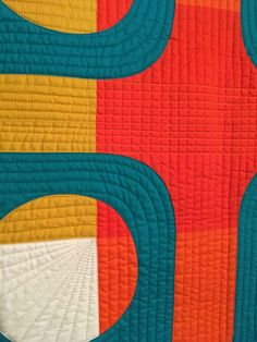 21 modern quilts from the 2019 Modern Quilt Showcase – whole circle studio Patchwork Quilt Patterns, Modern Quilt Patterns, Loom Patterns, Quilting Patterns, Quilting Ideas, Modern Quilting Designs, Modern Quilt Blocks, The Quilt Show, Straight Line Quilting