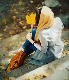 Whatsapp Cute Girl Dpz Stylish Dpz for whatsapp cute pic Stylish Girls Photos, Stylish Girl Pic, Hijabi Girl, Girl Hijab, Girl Photo Poses, Girl Photography Poses, Girl Pictures, Girl Photos, Dps For Girls