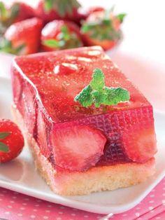 Çilekli süt tatlısı Tarifi - Tatlı Tarifleri Yemekleri - Yemek Tarifleri