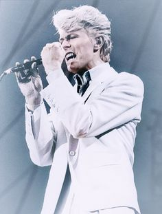 David Bowie, Serious Moonlight Tour 1983 Mod Music, The Thin White Duke, David Bowie, The Man, Actors, Moonlight, Famous People, Earth, Rock