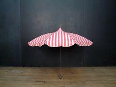 Vintage Beach Umbrella - 1940s Chair Umbrella - www.1980boudoir.etsy.com