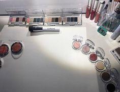 Ta-daa Lumenen meikkivalikoima uudistui täysin.  Ihastuimme etenkin ylellisiin Nordic Lux -meikkeihin.  via ELLE FINLAND MAGAZINE OFFICIAL INSTAGRAM - Fashion Campaigns  Haute Couture  Advertising  Editorial Photography  Magazine Cover Designs  Supermodels  Runway Models