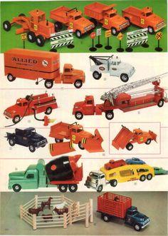 1958 AD 3 PG Tonka Truck Wrecker Allied Van Pick Up Structo Big Job Fleet Jeep