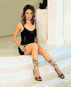 Diane Lane Actress, Young Actresses, Lovely Legs, Dangerous Woman, Street Chic, Beautiful Celebrities, Celebrity Pictures, Amazing Women, Beautiful Women