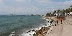 Estiman que mar de fondo no afectará playas de Puerto Vallarta
