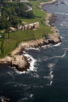 An aerial view of Doris Duke's Newport estate, Rough Point. The grounds were designed by Frederick Law Olmsted. Chrysler Building, Doris Duke, Villas, New England States, Road Trip, Newport Rhode Island, Belle Villa, Aerial View, Dream Vacations