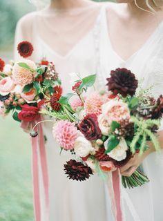 Magnolia Rouge + Jen Huang   Best Wedding Blog - Wedding Fashion & Inspiration   Grey Likes Weddings