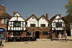The White Swan, dating from c1450, at Stratford-upon-Avon. The hotel has recently undergone a multi-million-pound restoration. Great Queens (2015)