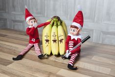 The Elves Behavin Badly website shows what our elves, Elfie & Elvie and their friends are getting up to when they arrive from Elf land in time for Christmas The Elf, Elf On The Shelf, Naughty Elf, Uk Deals, Christmas Elf, Christmas Cakes, Christmas Ideas, Blockchain, Holiday Decor