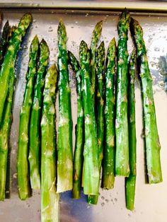 Retete cu sparanghel proaspat Asparagus, Vegetables, Food, Salads, Studs, Essen, Vegetable Recipes, Meals, Yemek