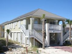 House, 4 Bedrooms + Convertible Bed(s), 3.5 Baths (Sleeps 11-15