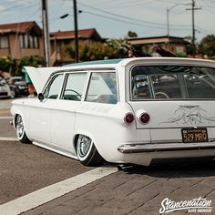but no sensible reason to lower this one. Hopefully its just airbags. Wagon R, Lowered Trucks, Classic Hot Rod, American Classic Cars, Sweet Cars, Chevy Impala, Gmc Trucks, Station Wagon, Custom Cars