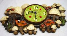 Vintage Retro Funky Mushroom Clock by LuckySevenVintage on Etsy, $24.00 #vintage #luckysevenvintage #mushrooms