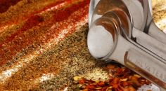 Frugal Seasoning and Spice Mix Recipes for everyday use - Homemade Dry Mixes, Homemade Spices, Homemade Seasonings, Adobo Seasoning, Seasoning Mixes, Chicken Seasoning, Seasoning Recipe, Homemade Chipotle, Free Taco