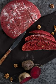 Simple Beetroot Walnut Bread to bake at home. Such a great recipe! A great recipe to imitate! Simple Beetroot Walnut Bread to bake at home. Such a great recipe! A great recipe to imitate! Quark Recipes, Bread Recipes, Baking Recipes, Vegan Recipes, Beet Bread Recipe, Snacks Recipes, Pizza Recipes, Cupcake Recipes, Brunch Recipes