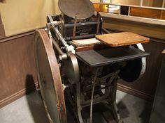 1930's Platen Printing Press