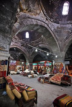 Istanbul, Turkey - The Bedesten of Kayseri, the old covered market of the city, where you can find some beautiful Anatolian carpets. Places Around The World, Around The Worlds, Naher Osten, Empire Ottoman, Georgie, Visit Turkey, Asia, Pamukkale, Grand Bazaar