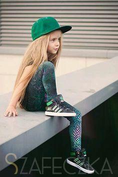 Greeny little girl