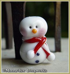 Red Snowman Holiday Lampwork Bead by moonrakerbeads on Etsy, $6.50